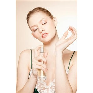 Шипровые ароматы: сдержанность и обольстительность в одном флаконе