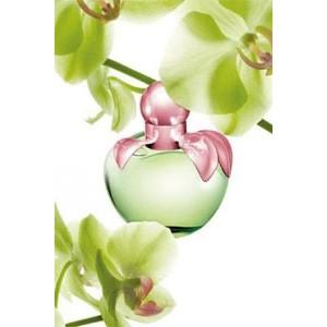 Как выбрать парфюм на весну? Модные новинки и нестареющая классика